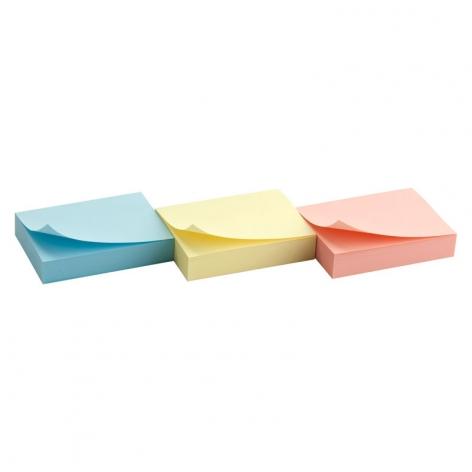 Блок бумаги с липким слоем 50x40 мм, 100 листов Delta by Axent D3311 пастельный желтый